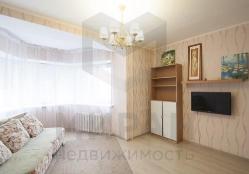 1-комнатная квартира, 50 м² ул. 70 лет Октября, 15 к1
